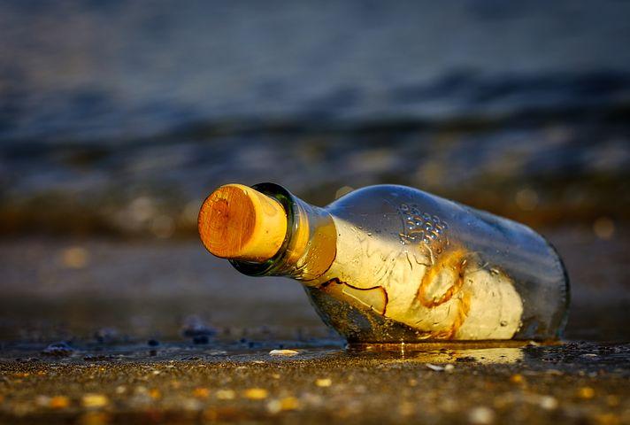 message-in-a-bottle-3437294__480.jpg